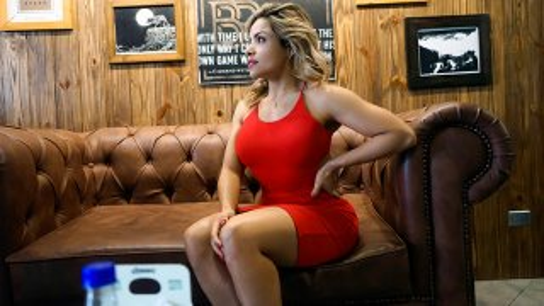 Tight Latina Love Glove - Oye Loca